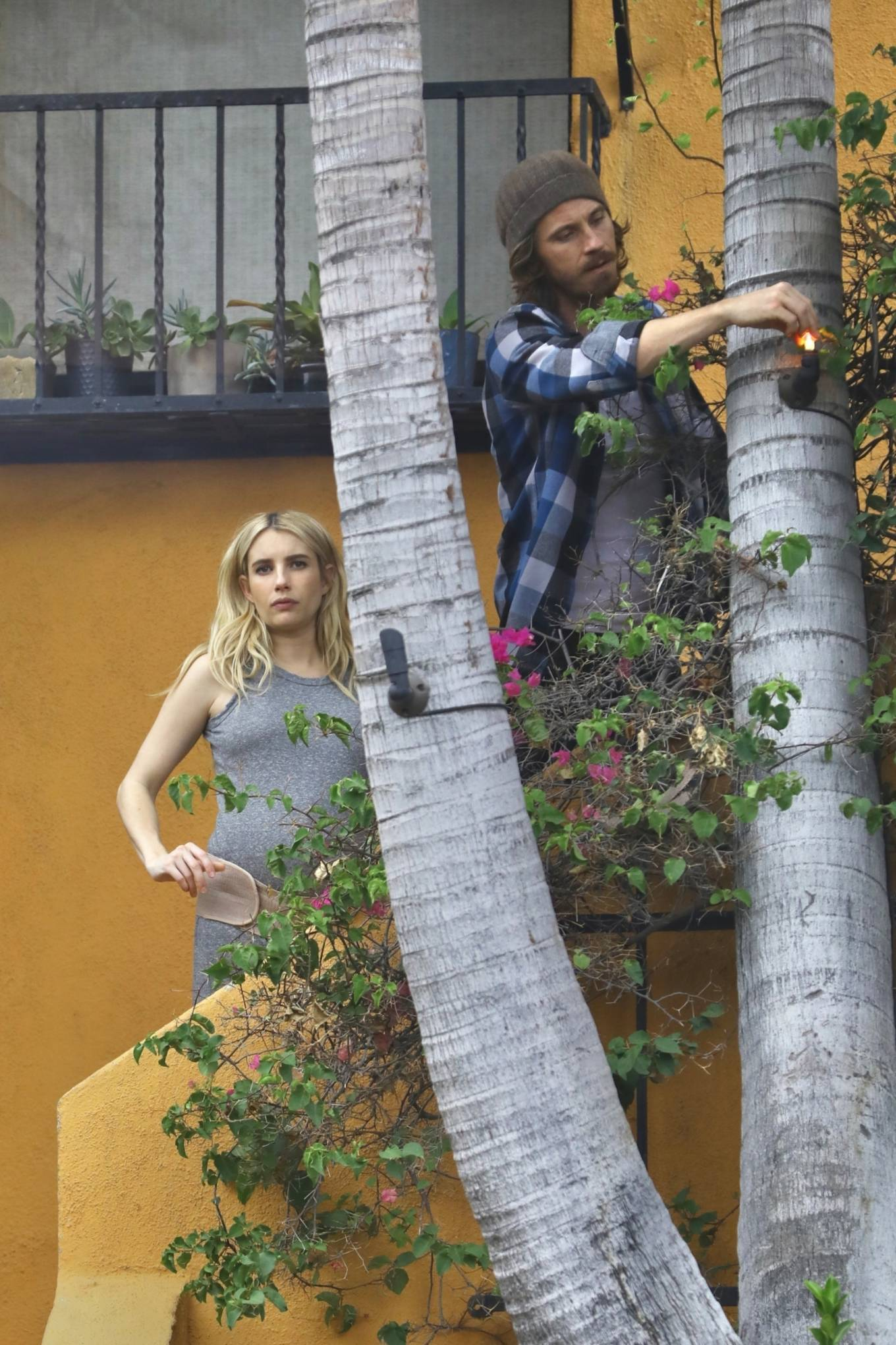 Emma Roberts 2020 : Emma Roberts – Seen while wears a maternity belt-03