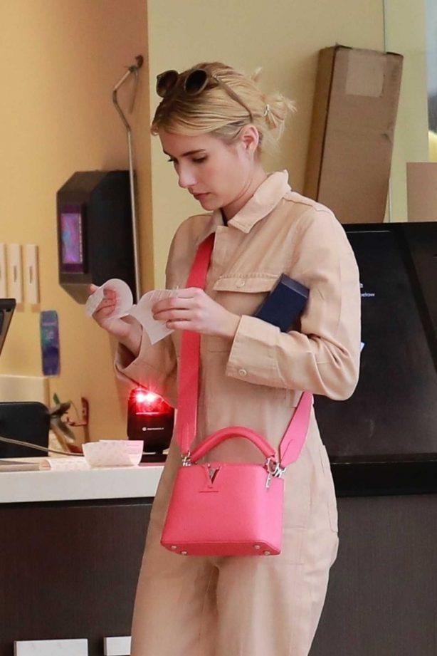 Emma Roberts - Shopping at H&M in Burbank