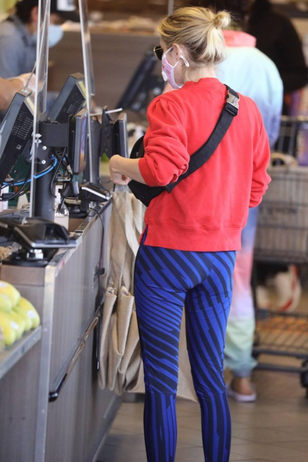 Emma Roberts - Shopping candids at Erewhon Market in West Hollywood