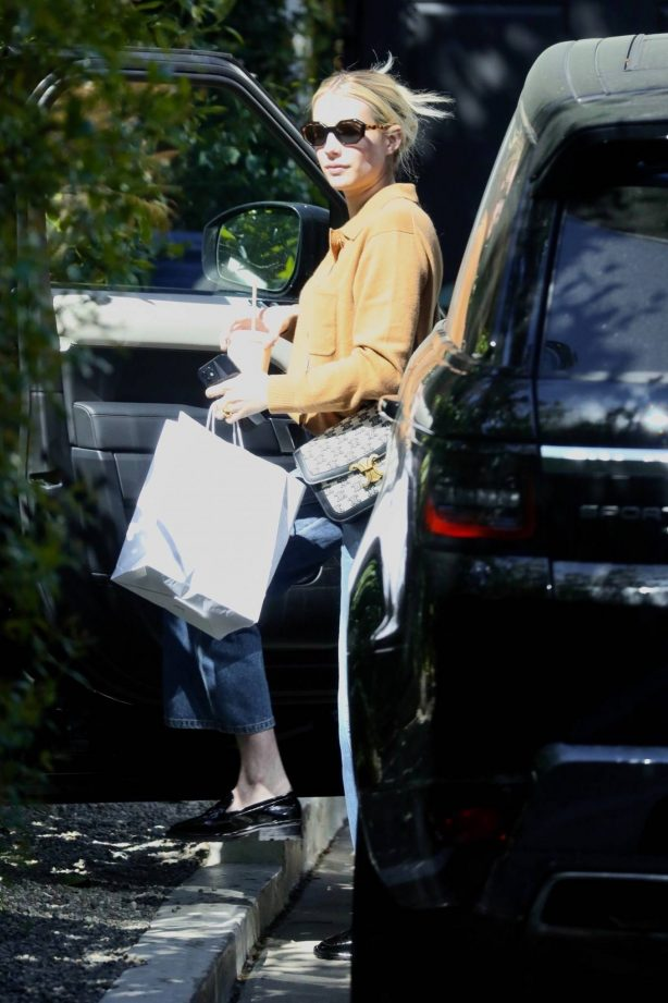 Emma Roberts - Spotted at a friend's house in Los Angeles