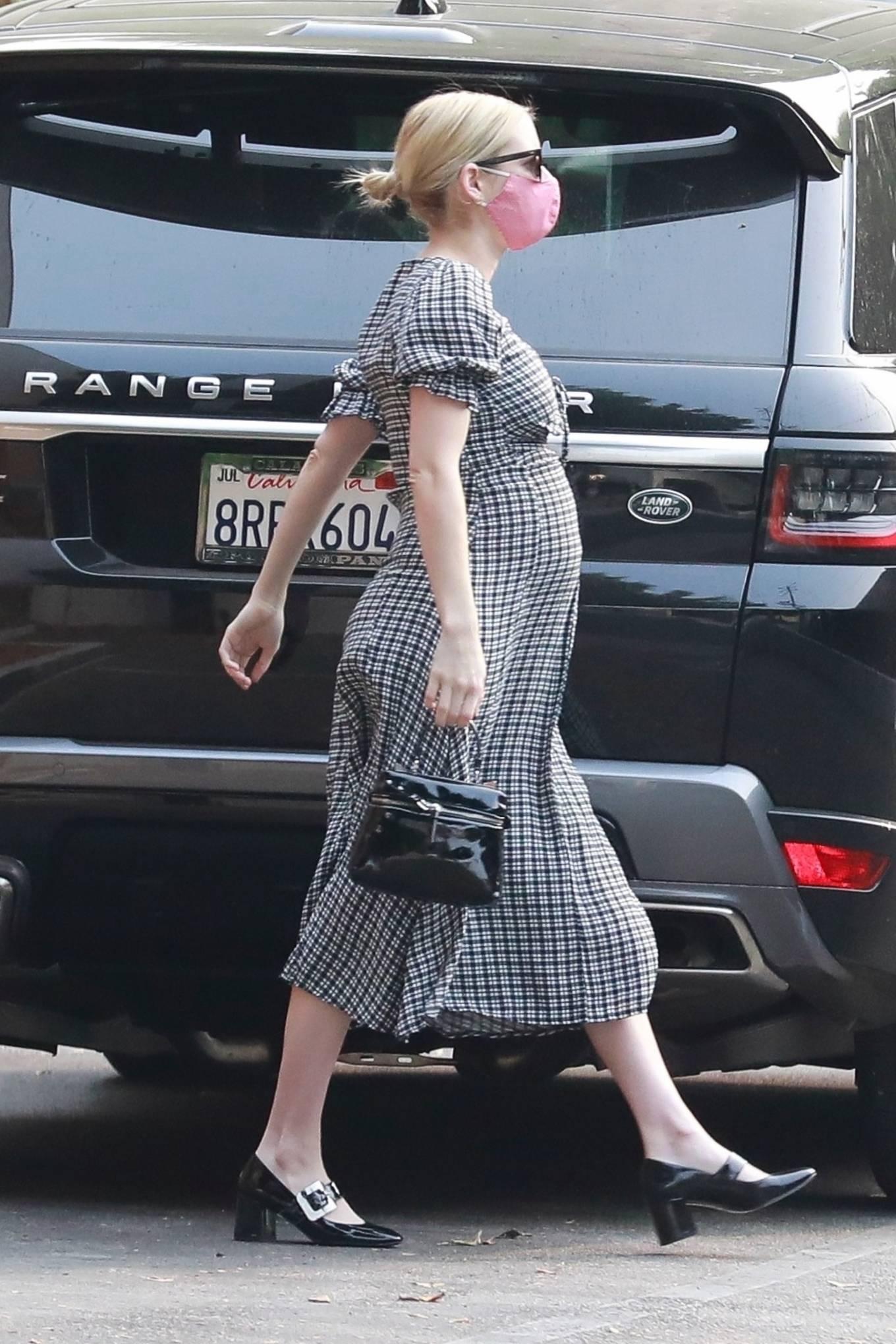 Emma Roberts 2020 : Emma Roberts – spotted getting Starbucks in Los Feliz-13
