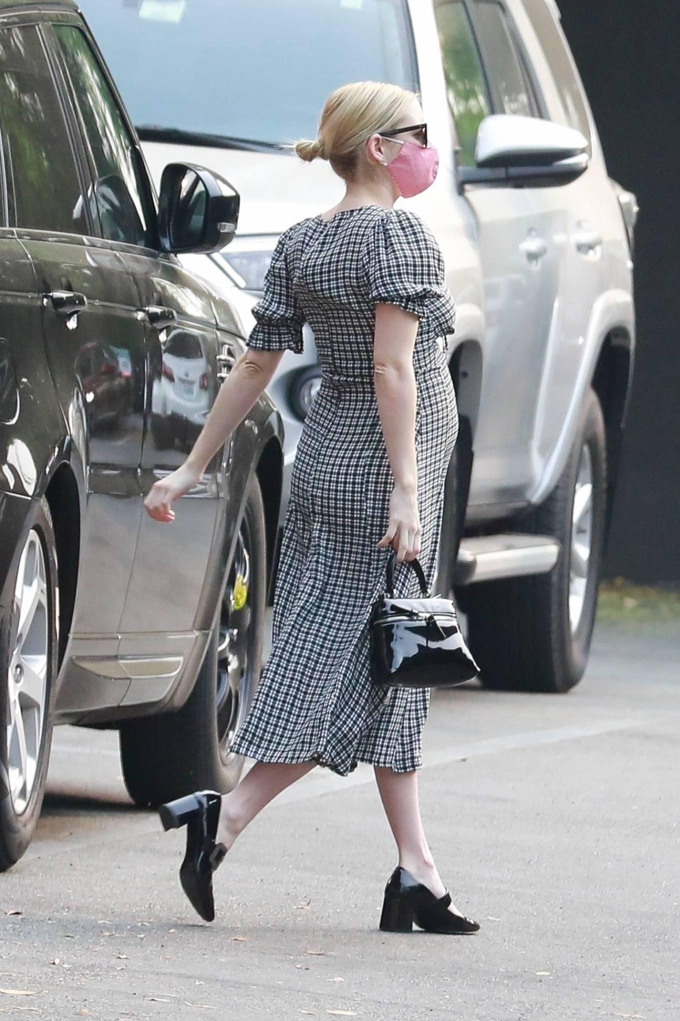 Emma Roberts 2020 : Emma Roberts – spotted getting Starbucks in Los Feliz-17