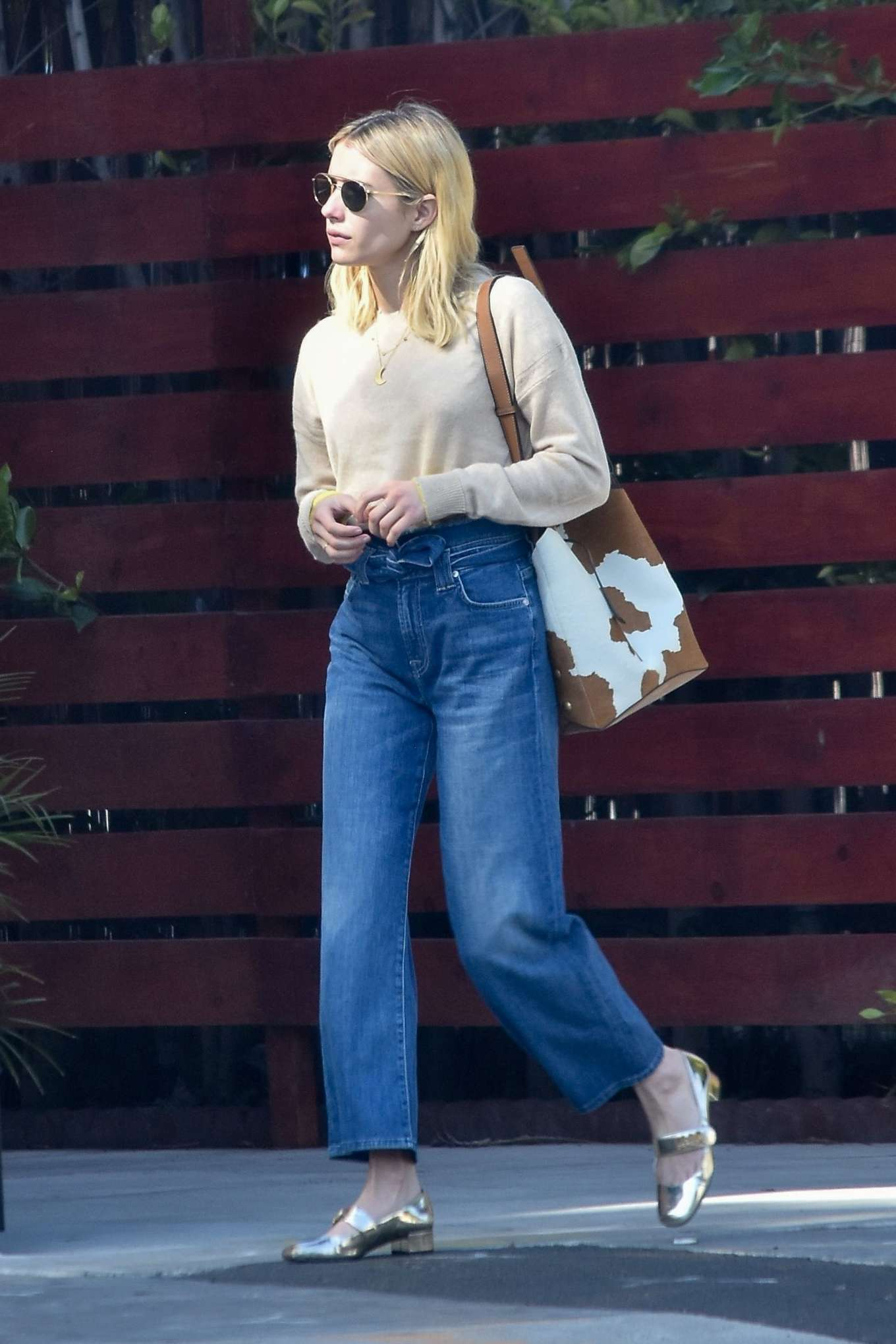 Emma Roberts 2020 : Emma Roberts – Spotted heading to a meeting in Hollywood-01