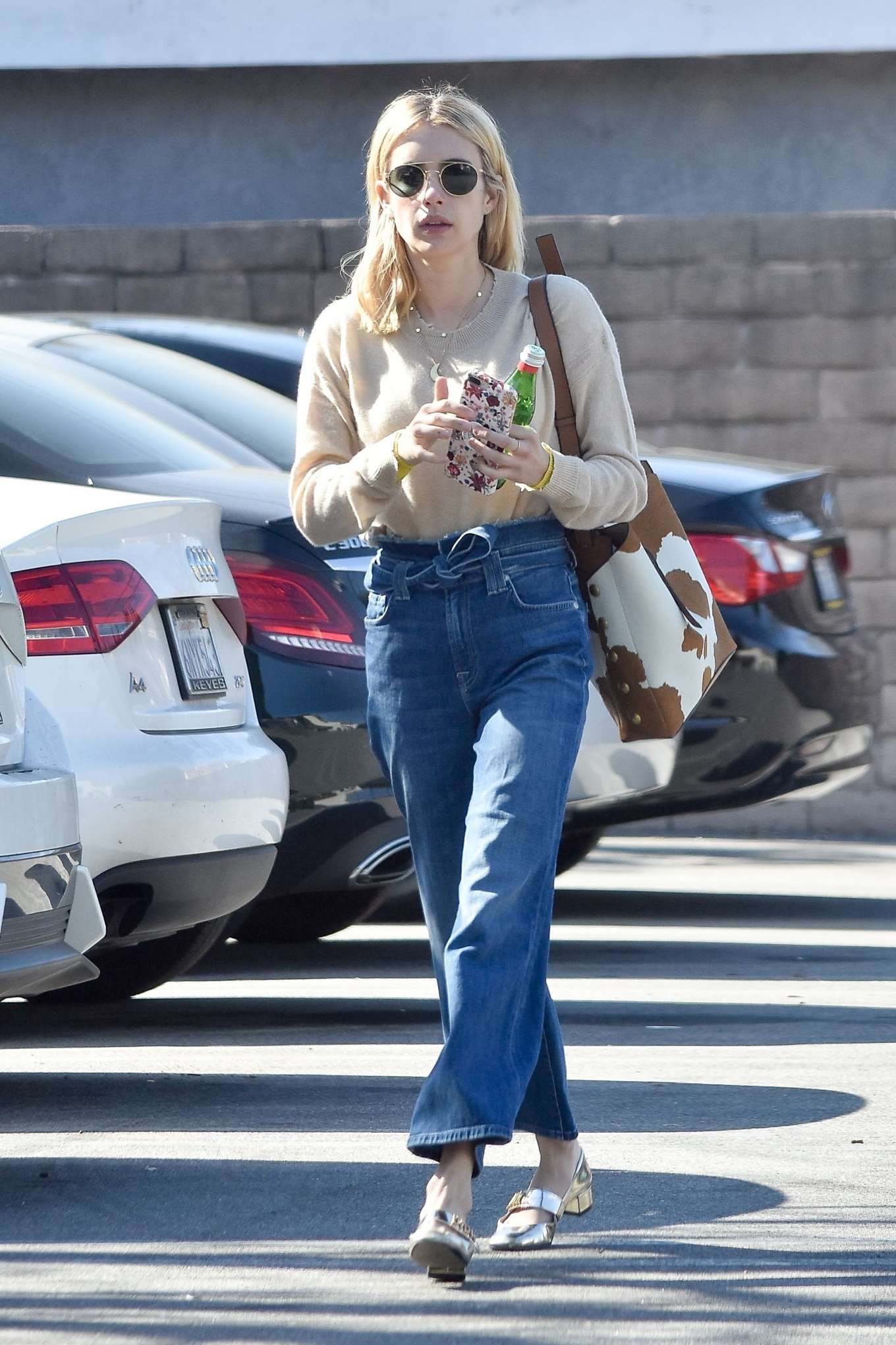Emma Roberts 2020 : Emma Roberts – Spotted heading to a meeting in Hollywood-03