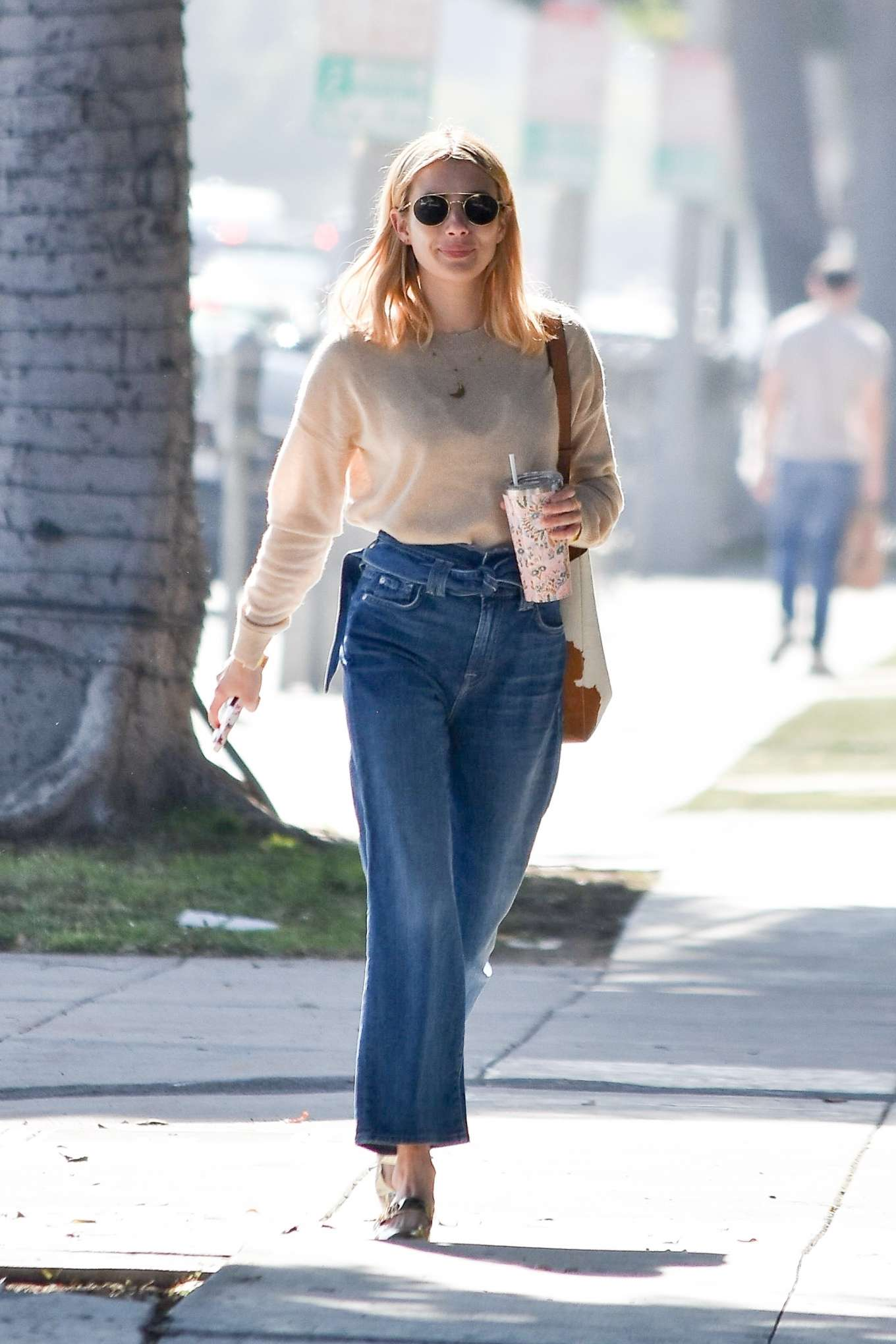 Emma Roberts 2020 : Emma Roberts – Spotted heading to a meeting in Hollywood-08