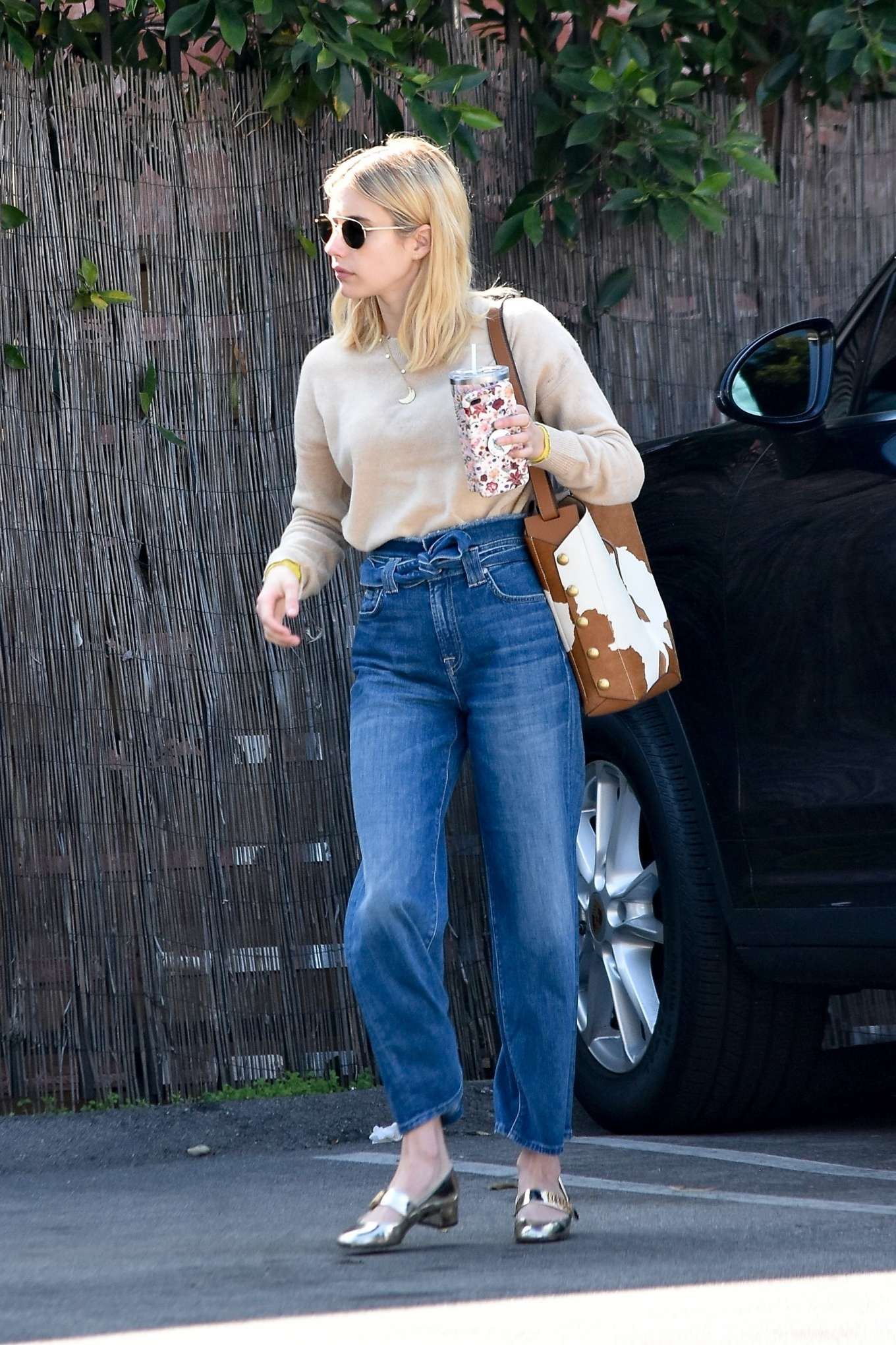 Emma Roberts 2020 : Emma Roberts – Spotted heading to a meeting in Hollywood-11