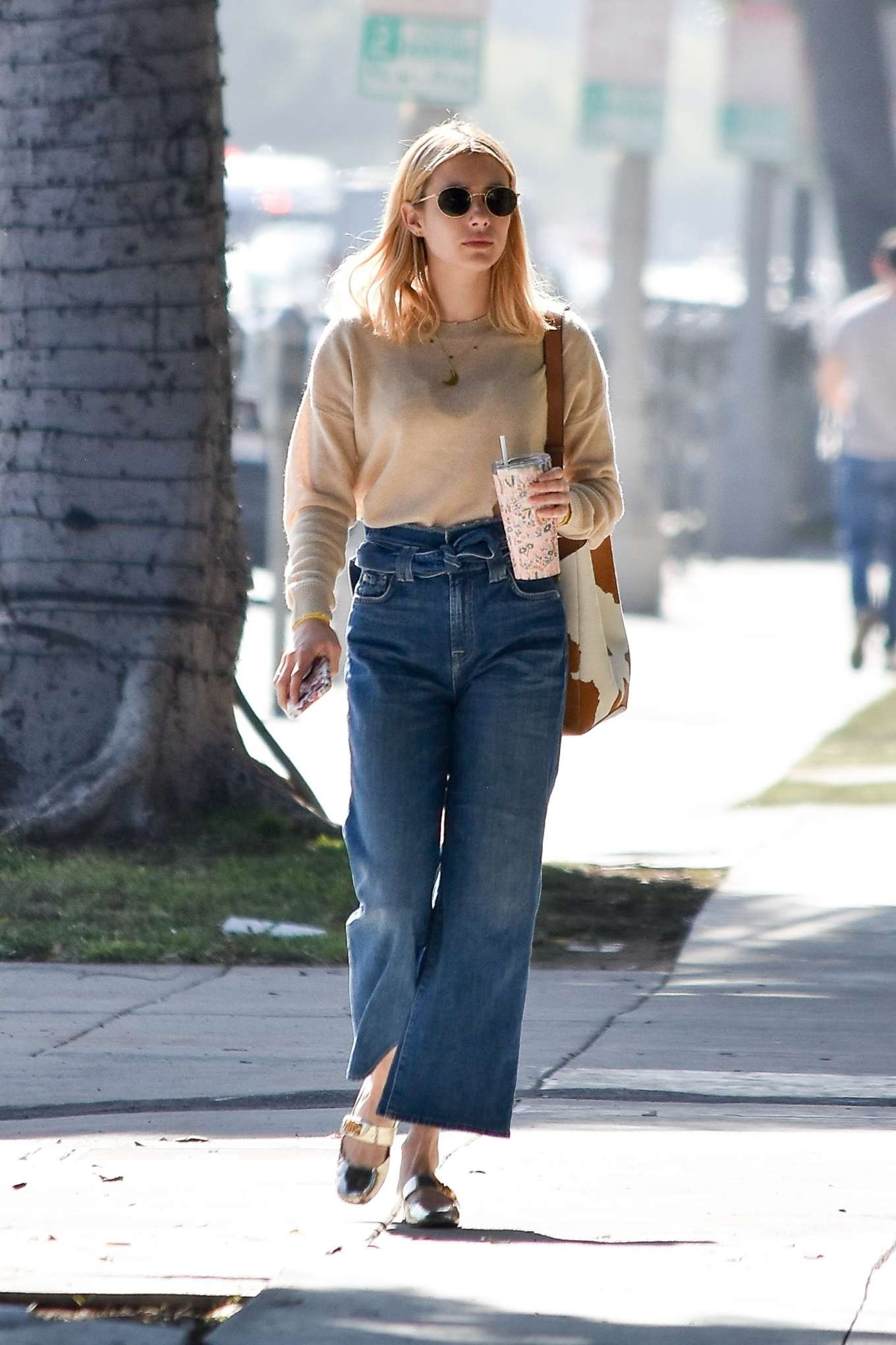 Emma Roberts 2020 : Emma Roberts – Spotted heading to a meeting in Hollywood-13