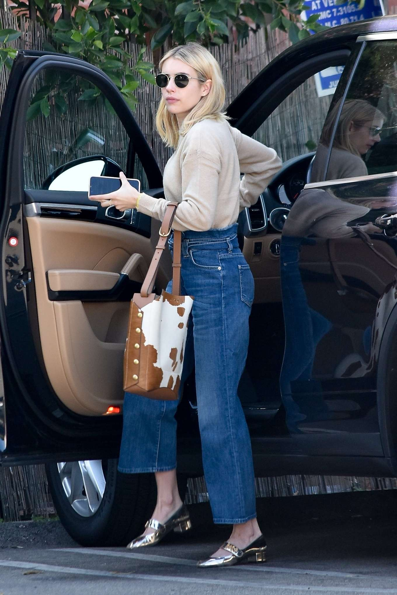 Emma Roberts 2020 : Emma Roberts – Spotted heading to a meeting in Hollywood-14
