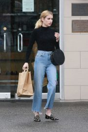 Emma Roberts - Spotted while out in Los Angeles