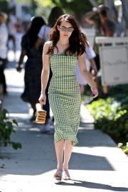 Emma Roberts - visits Kate Somerville on Melrose Place