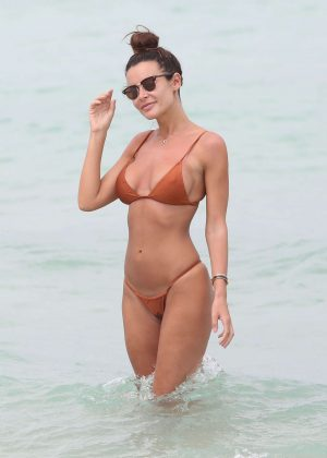 Emma Rose in Bikini on the beach in Miami