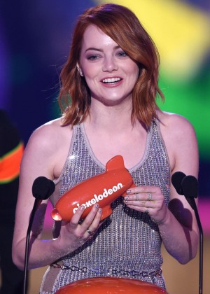 Emma Stone: 2015 Nickelodeon Kids Choice Awards -01
