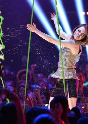 Emma Stone: 2015 Nickelodeon Kids Choice Awards -04