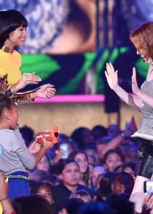 Emma Stone: 2015 Nickelodeon Kids Choice Awards -05