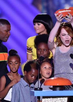 Emma Stone: 2015 Nickelodeon Kids Choice Awards -10