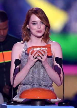 Emma Stone: 2015 Nickelodeon Kids Choice Awards -11