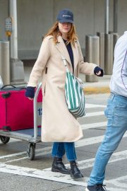 Emma Stone - Arrives at JFK Airport in NYC