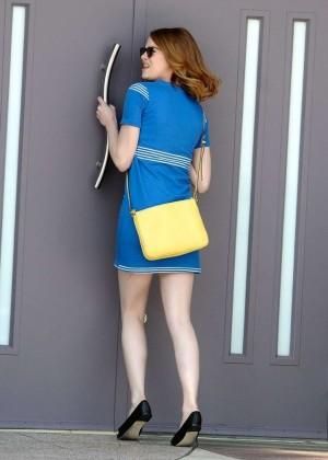 Emma Stone in Bkue Dress on La La Land -01