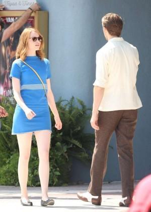 Emma Stone in Bkue Dress on La La Land -02