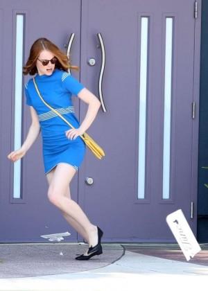 Emma Stone in Bkue Dress on La La Land -07