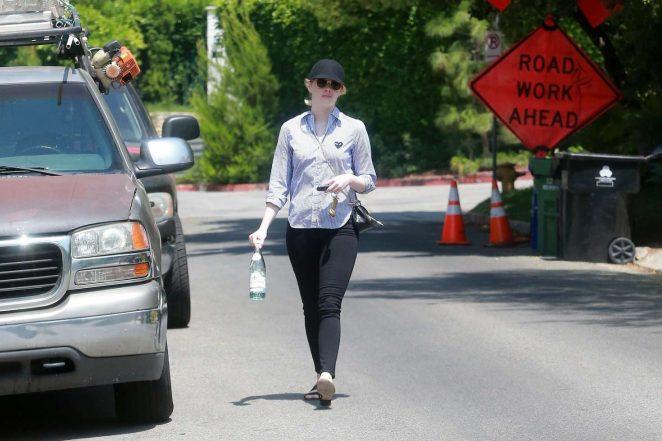 Emma Stone: Leaving a friends house in LA -04