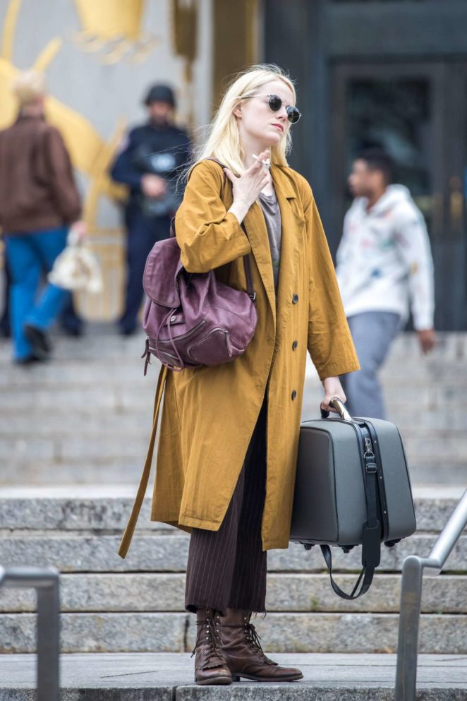 Emma Stone: On the set of Maniac -02