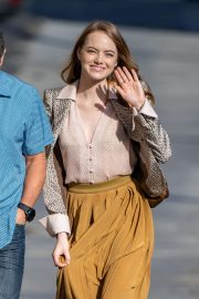 Emma Stone - Seen arriving at 'Jimmy Kimmel Live' in Los Angeles