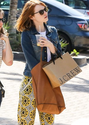 Emma Stone: Shopping at the Malibu Lumber Yard -01