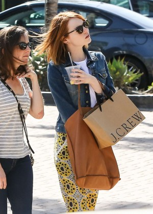 Emma Stone: Shopping at the Malibu Lumber Yard -03