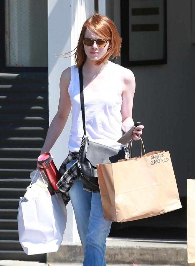 Emma Stone - Shopping in LA