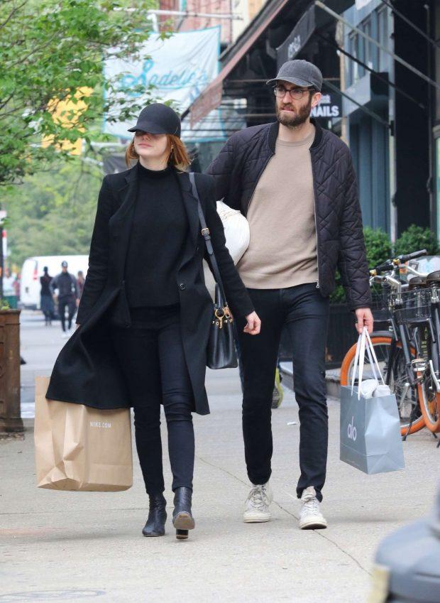 Emma Stone: Shopping in New York -04