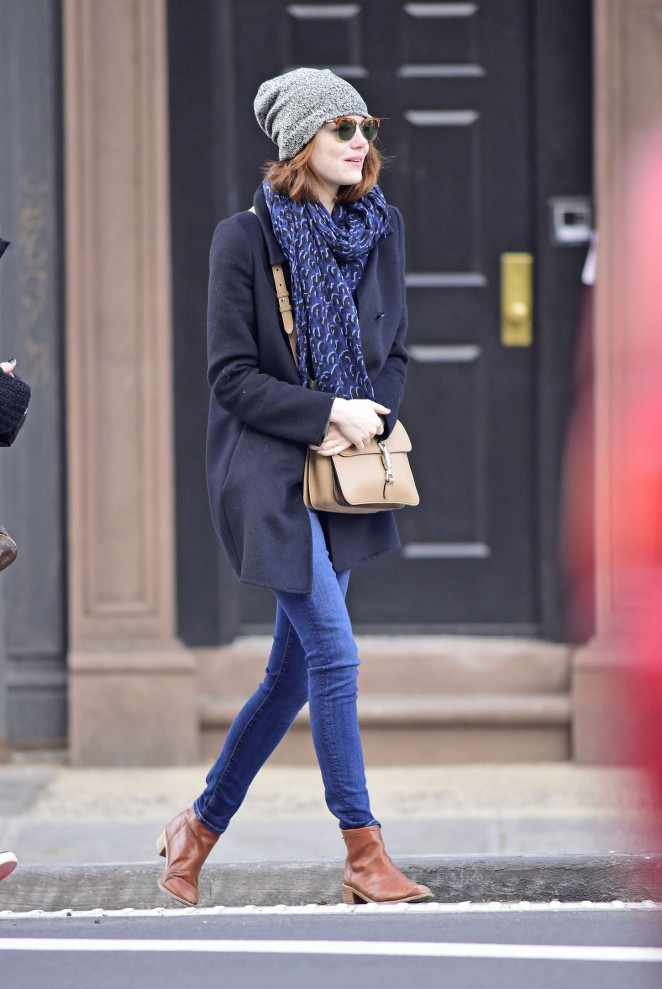 Emma Stone in Tight Jeans Out in New York City