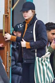Emma Stone - Visiting a traditional British Pub in Primrose Hill