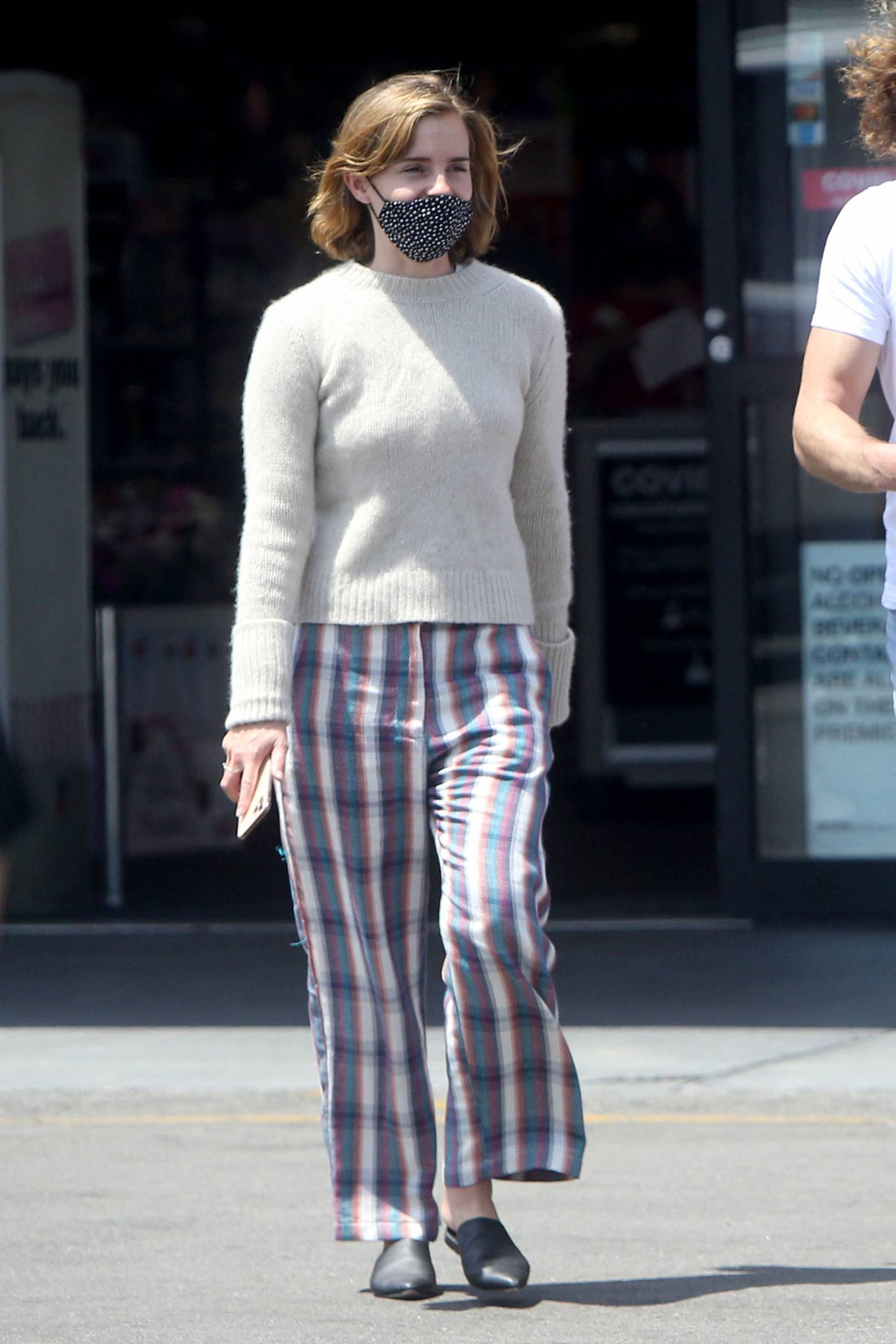 Emma Watson 2021 : Emma Watson – Dons pyjama-style with boyfriend Leo Robinton stop by a CVS in Los Angeles-06