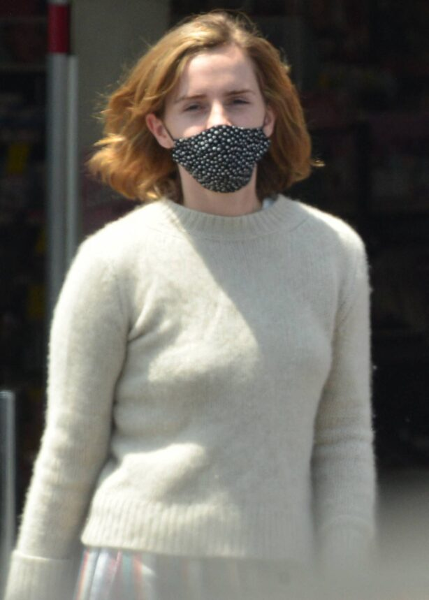 Emma Watson - Dons pyjama-style with boyfriend Leo Robinton stop by a CVS in Los Angeles