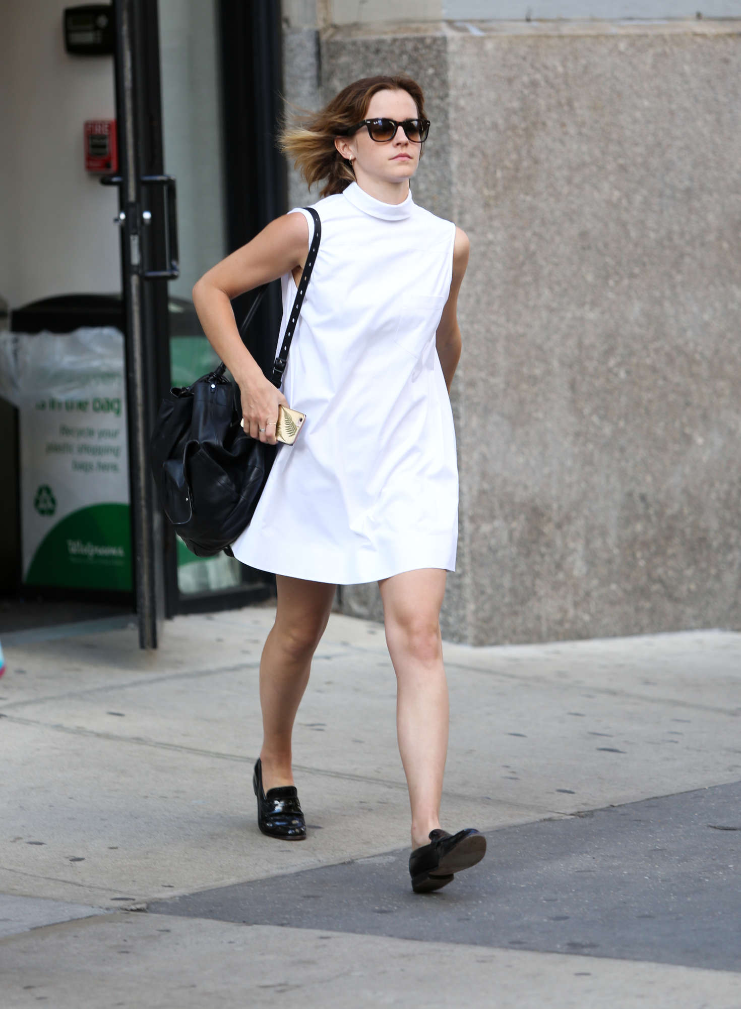White dress emma watson - Emma Watson In White Mini Dress 07