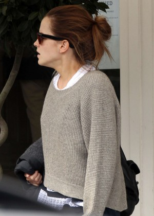 Emma Watson in jeans -08