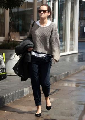 Emma Watson in jeans -09