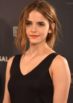 Emma Watson - 'Regression' Photocall in Madrid