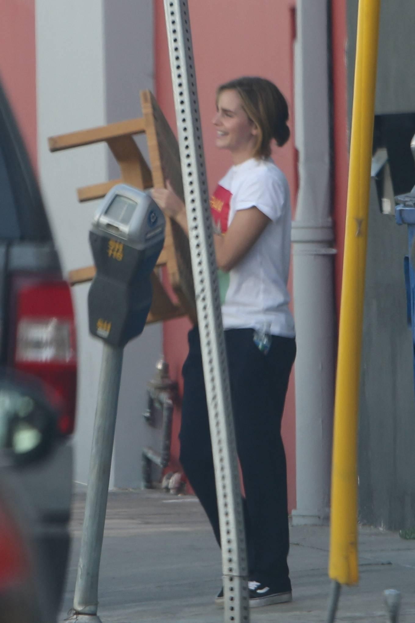 Emma Watson 2021 : Emma Watson – Shopping candids in West Hollywood-02