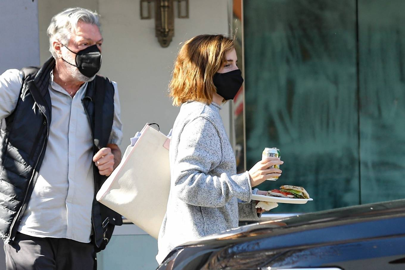 Emma Watson 2021 : Emma Watson – Spotted while leaving a visit to a Beverly Hills tailor-09