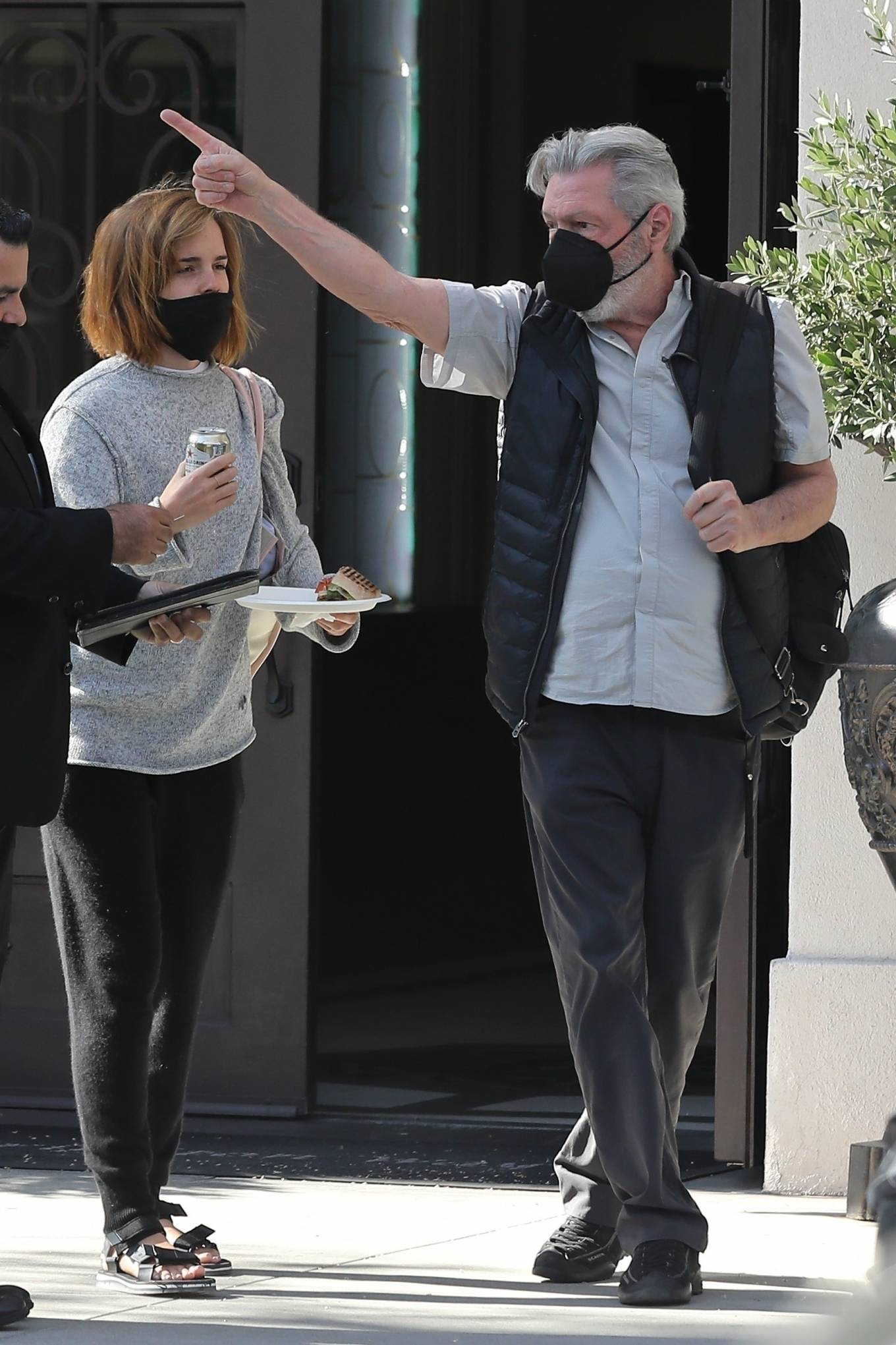 Emma Watson 2021 : Emma Watson – Spotted while leaving a visit to a Beverly Hills tailor-14