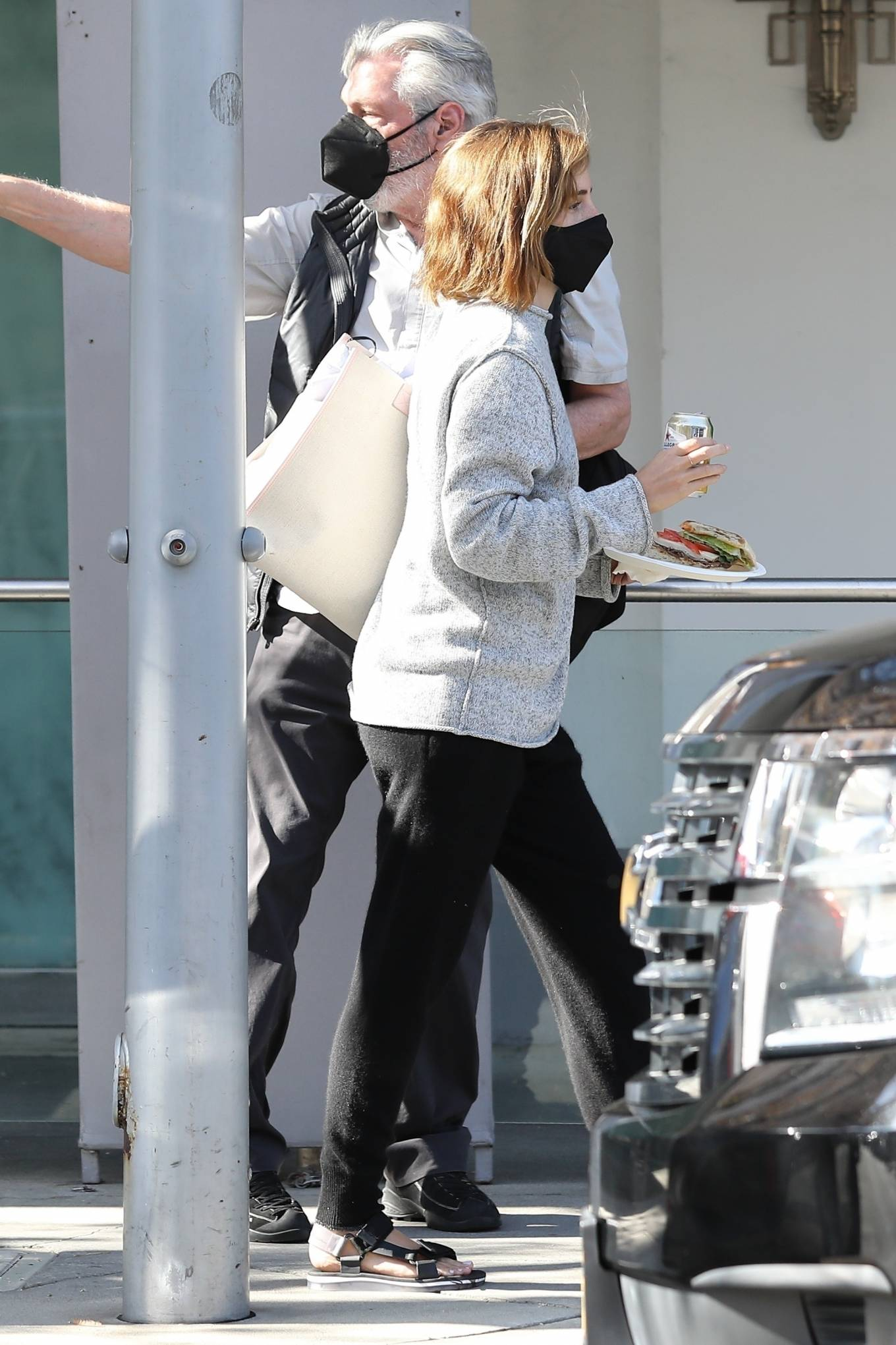 Emma Watson 2021 : Emma Watson – Spotted while leaving a visit to a Beverly Hills tailor-24