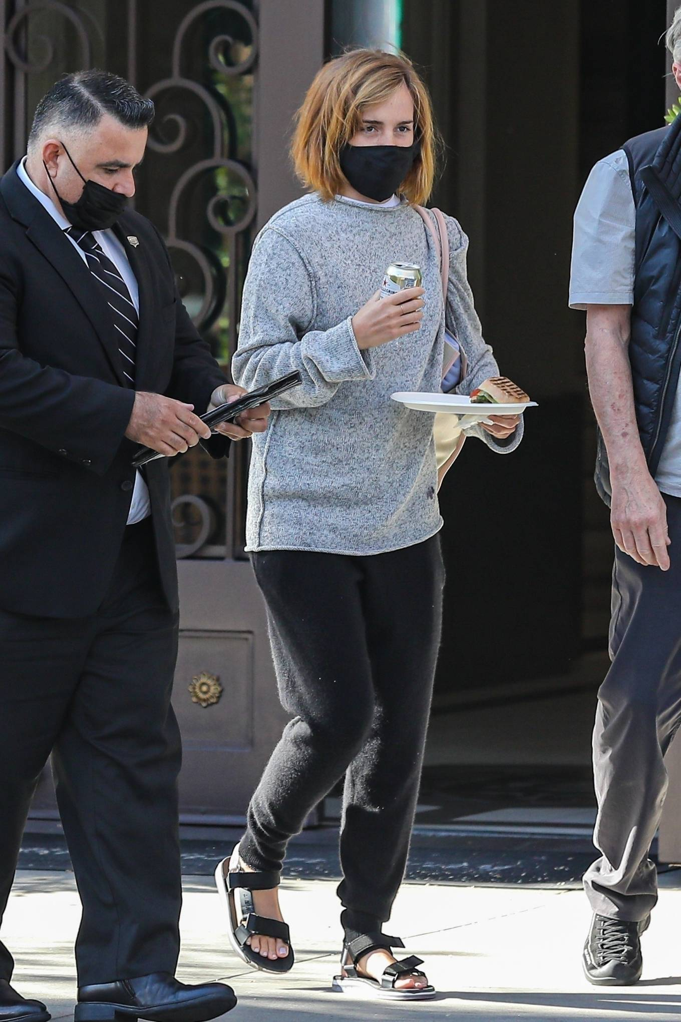 Emma Watson 2021 : Emma Watson – Spotted while leaving a visit to a Beverly Hills tailor-27