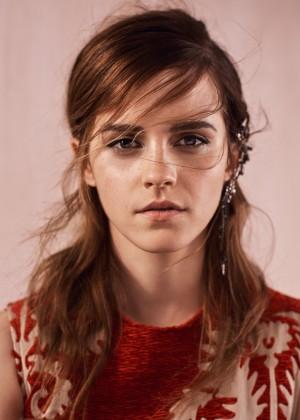 Emma Watson: Vogue UK 2015 -07