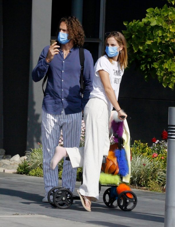 Emma Watson - With Her Boyfriend Out in Los Angeles