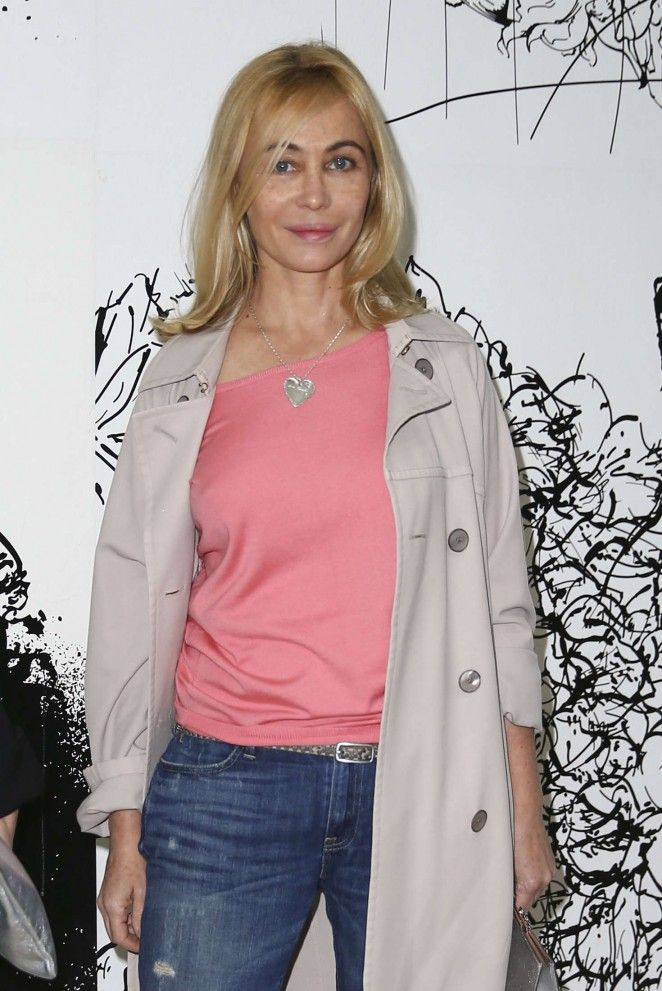 Emmanuelle Beart - Paul and Joe Fashion Show 2016 in Paris