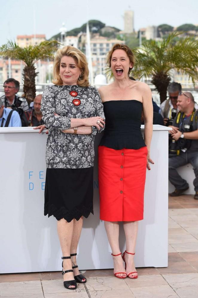 Emmanuelle Bercot: La Tete Haute Photocall at 2015 Cannes -01