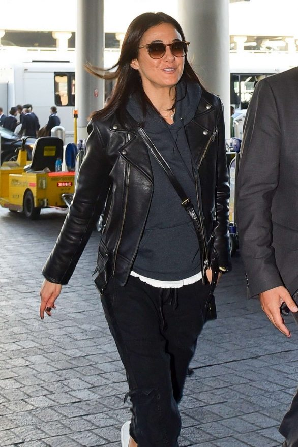 Emmanuelle Chriqui - Arrives at LAX airport in Los Angeles