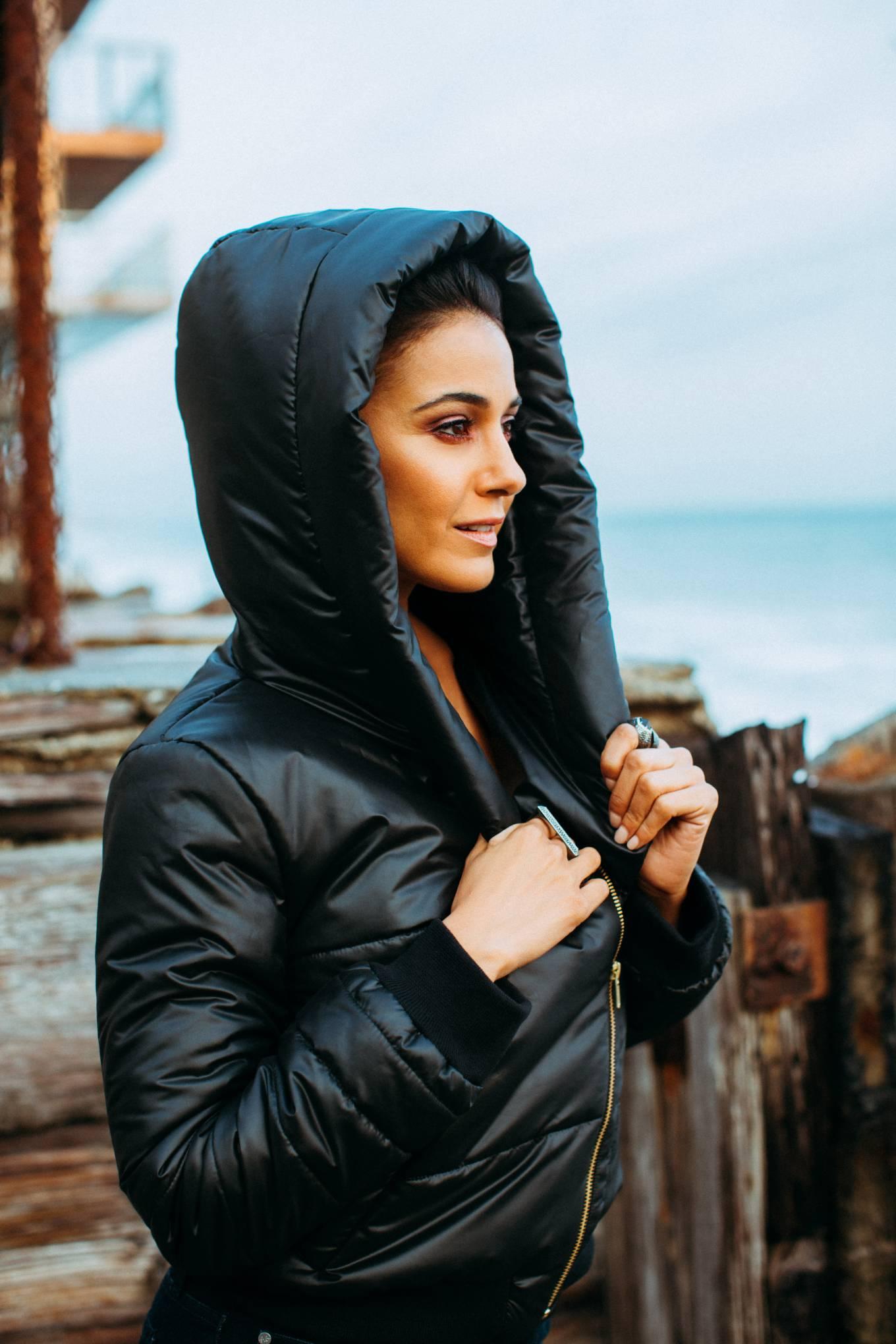 Emmanuelle Chriqui 2020 : Emmanuelle Chriqui – Nick Onken Photoshoot for Coco Eco (August 2020)-01